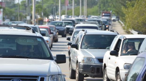 Cayman traffic cars